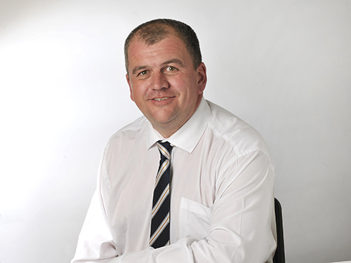 David Roan, Contracts Manager